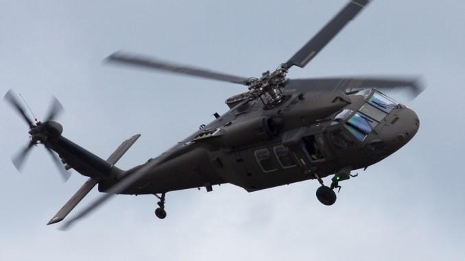 مروحية UH-60M بلاك هوك الأميركية