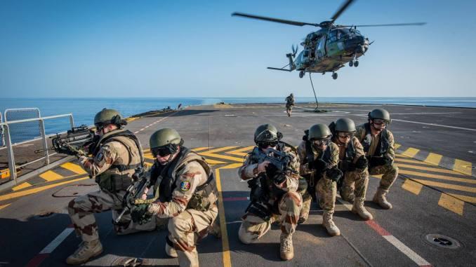 """لقطة من تمرين """"كليوباترا-2018"""" المصري-الفرنسي في البحر الأحمر (بوابة الدفاع المصرية)"""