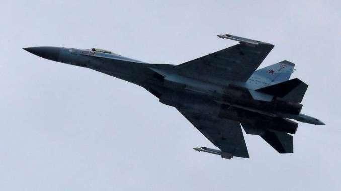 """مقاتلة روسية من طراز """"سو-35"""""""