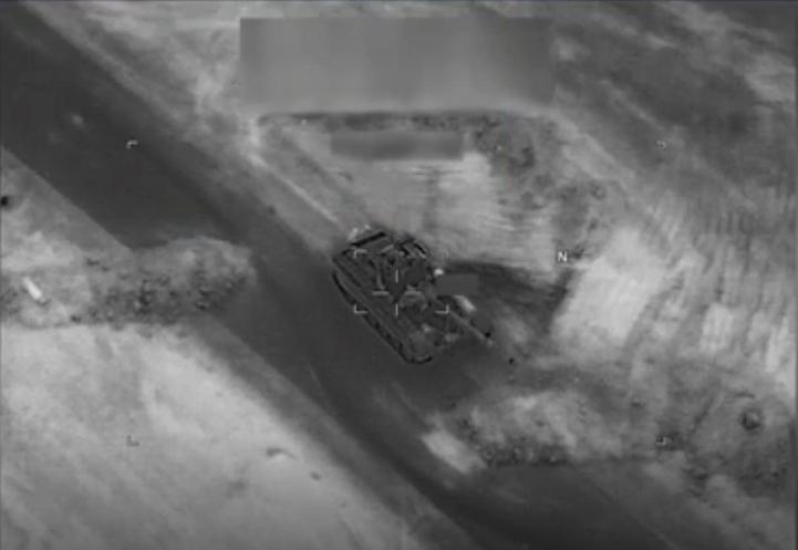 لحظة ضرب دبابة تي-72 الروسية
