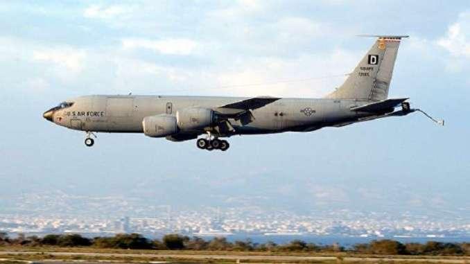 طائرة تزويد بالوقود أميركية
