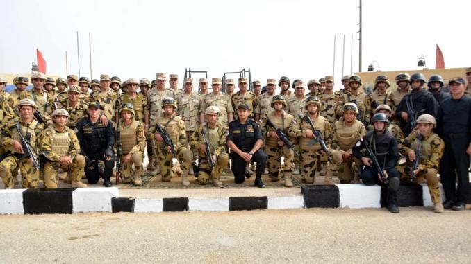 تدريب ليلي للقوات الخاصة المصرية (الصفحة الرسمية للمتحدث الرسمي للقوات المسلحة)