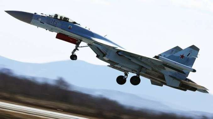 """مقاتلة """"سو-35"""""""