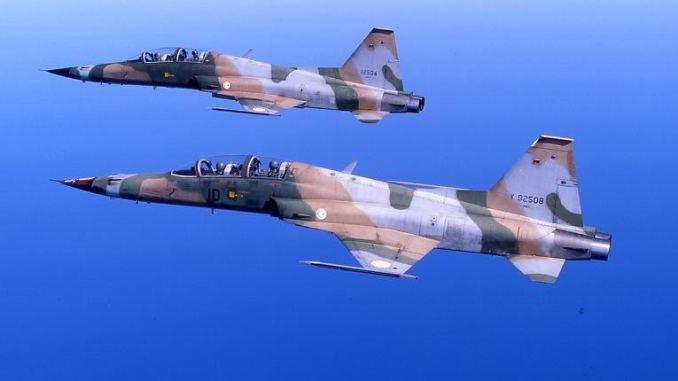 مقاتلتا أف-5 تابعتان لسلاح الجو التونسي (صورة أرشيفية)