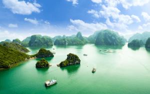 Vietnam Menu – Halong Bay