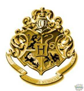 Gold Hogwarts School Crest-1