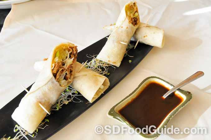美食轩(Del Mar Rendezvous)香酥鸭卷在骨子里其实是北京烤鸭