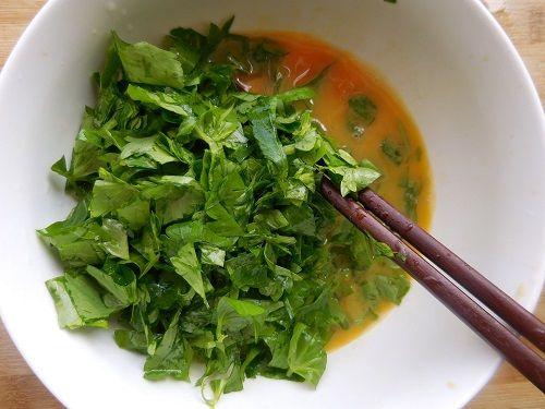芹菜叶子炒鸡蛋。(网络图片)