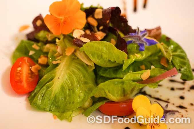 La Strada意大利餐厅的招牌沙拉。(摄影:李旭生)