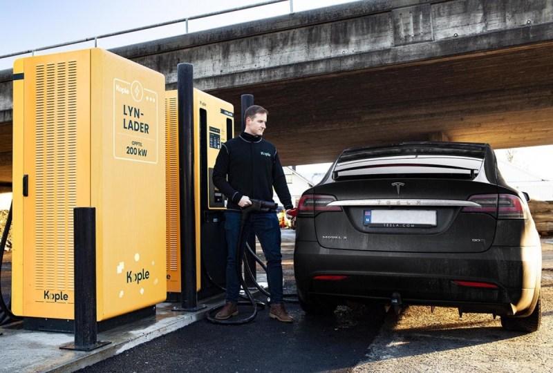 Kople lader Tesla