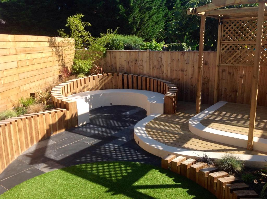 Garden Fences & Decking