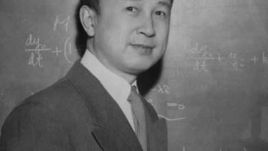 من هو الرجل الذي طردته أمريكا فساعد الصين في الوصول إلى القمر؟