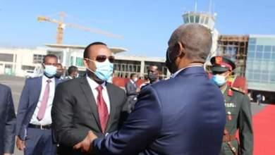 البرهان يختتم زيارته لأديس أبابا استمرت يومين.