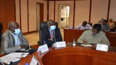 وزير الطاقة يترأس اجتماع لجنة السلع الاستراتيجية