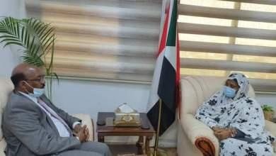 وزيرة الخارجية تثمن دور مبادرة رابطة العالم الإسلامي في تنفيذ وصية ضحية الصحراء