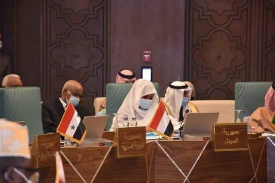 وزيرة الخارجية : نعمل وفق امكانيات محدودة لتأمين الانتقال الديمقراطي بالسودان