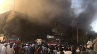 حريق بمتاجر (اسبيرات) يتسبب في وفاة مواطن بالمنطقة الصناعية بحري