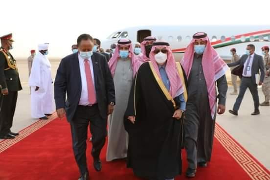 د. حمدوك يصل المملكة العربية السعودية