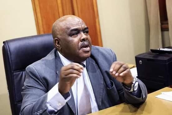 السيد علي جدو أدم وزير التجارة والتموين