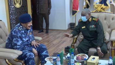 رئيس هيئة الاركان يلتقي مدير عام قوات الشرطة