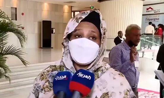 الدكتورة مريم الصادق وزيرة الخارجية