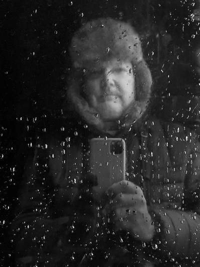 Cole Thompson, self-portrait on a train, 2019.