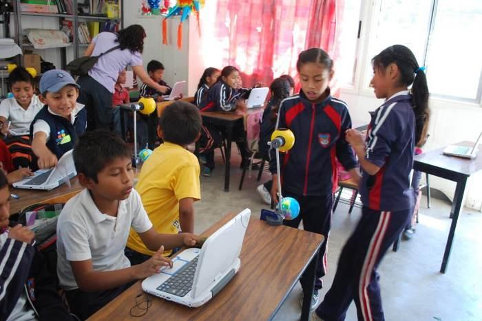 NIÑOS EN AULA. Ciencia, eduacación y comunidades indigenas