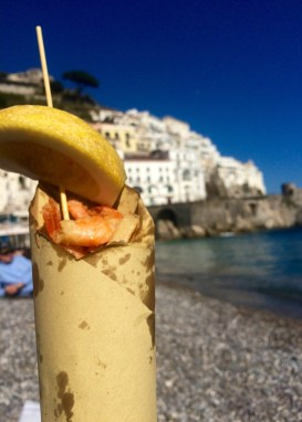After a nice picnic lunch in Amalfi, a bit of seafood on the beach seemed like the perfect option.