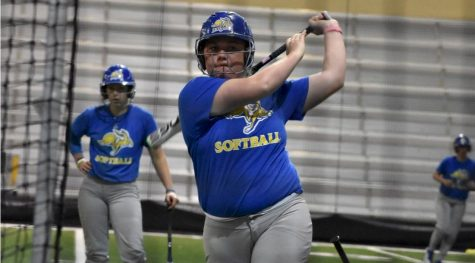 Softball heads to Fort Wayne to face last place Mastodons