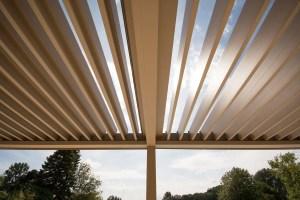 Gordijnen of zonwering in een veranda?