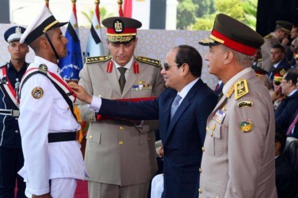 دولتان خليجيتان تدفعان مصر باتجاه حرب في ليبيا