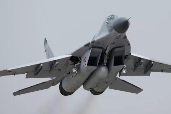 """قوات النظام تبدأ بتجريب طائرات """"MIG-29"""" الروسية"""