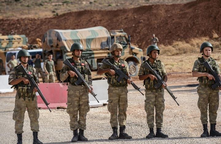 شبيحة الأسد يتظاهرون ضد القوات التركية في ريفي حماة وإدلب (صور)