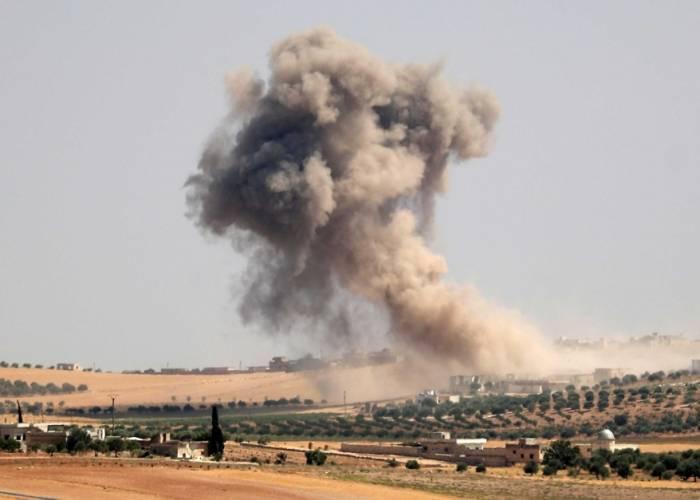 قصف مدفعي للنظام يطال مركز الدفاع المدني بأريحا وشهيدان مدنيان غربي حلب