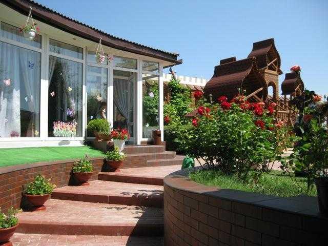 Курортно-гостиничный комплекс Комфортный в Генгорке приглашает на бархатный сезон