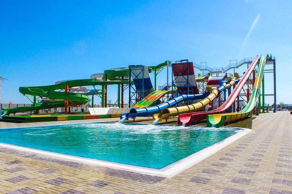 """""""Оазис"""" в Генгорке: торжественное открытие аквапарка"""