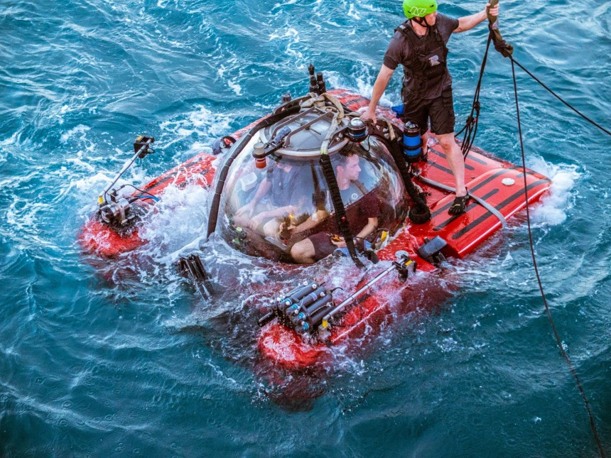 nekton seychelles ocean health expedition marine teledyne indian explores mission technology equipped submersible bowtech dive cameras courtesy lights before