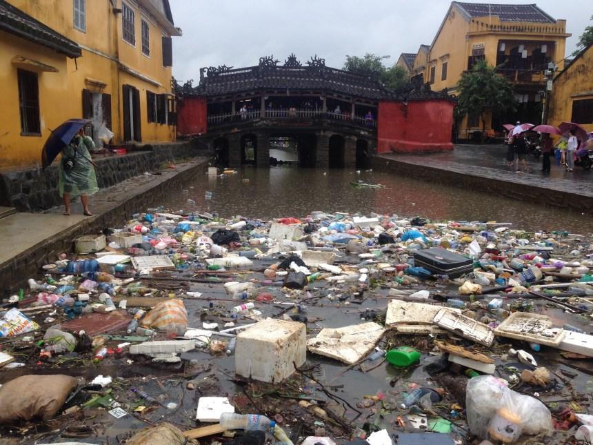Vietnam water pollution Source to Sea