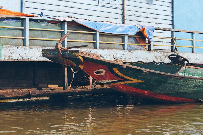 bateau village flottant cambodge
