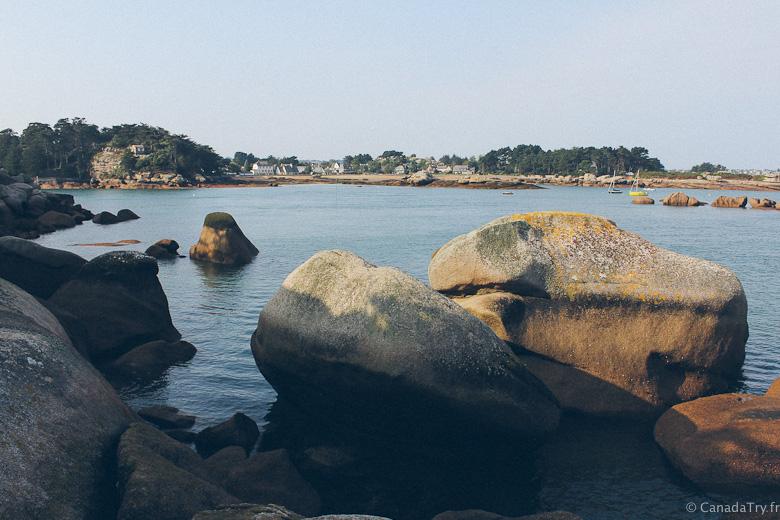 roche côte de granit rose