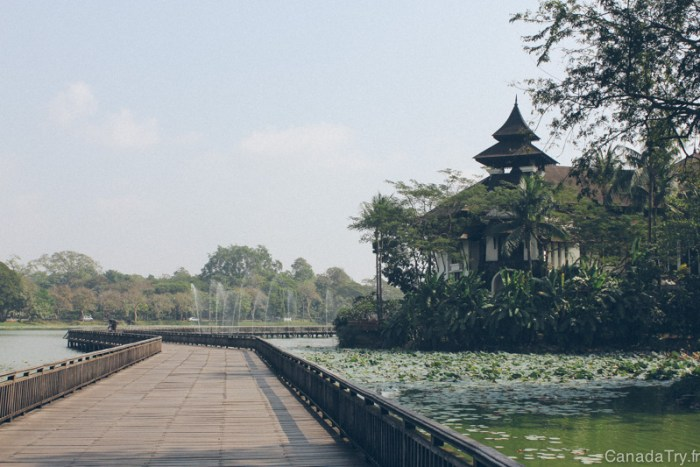 kandawgyi park yangon