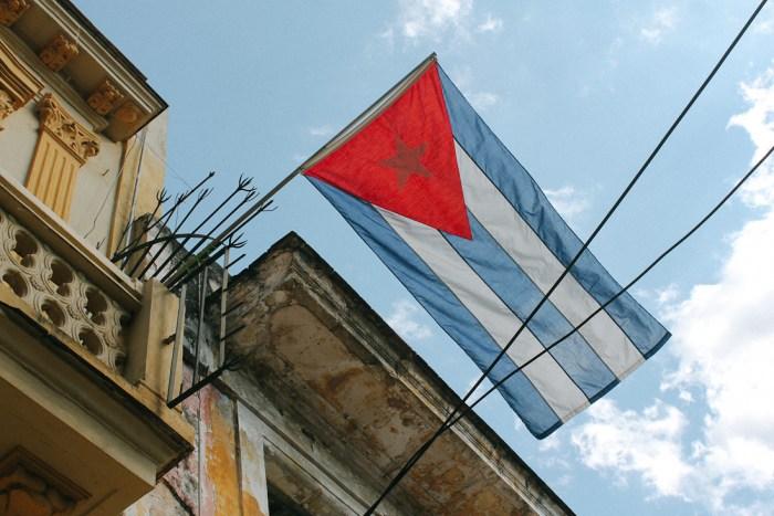 drapeau cuba la havane