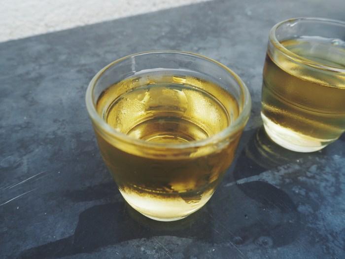 verre de muscat au bidule