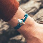Manta ray cape clasp bracelet