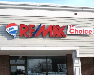 electric-signs-remax