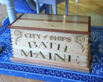 trunk-bath-maine-city-of-ships