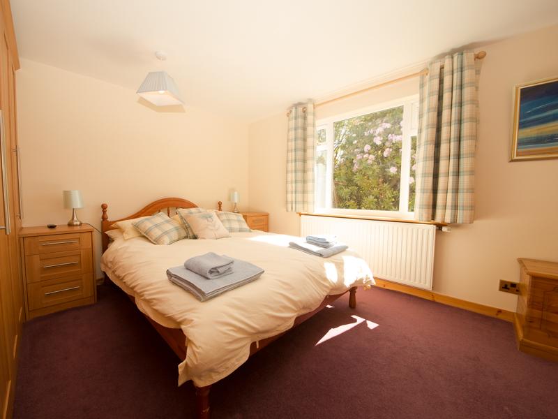King bedroom at Alma Cottage on Seil, near Sealife Adventures