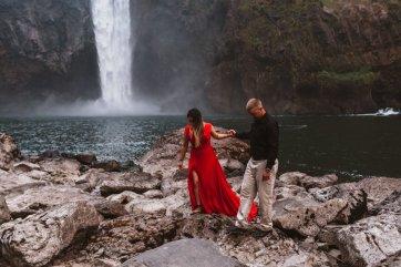 Snoqualmie Falls Engagement Session