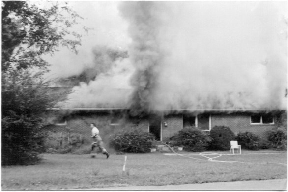 begining of house fire (2003)