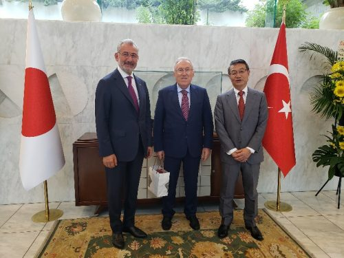 Chairman Fuat Tosyalı, Turkish Ambassador to Japan, H.E. Dr. Hasan Murat Mercan, MOL President & CEO, Junichiro Ikeda